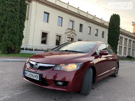 Красный Хонда Цивик, объемом двигателя 1.3 л и пробегом 188 тыс. км за 7450 $, фото 1 на Automoto.ua