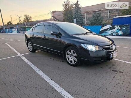 Оливковый Хонда Цивик, объемом двигателя 1.8 л и пробегом 161 тыс. км за 6700 $, фото 1 на Automoto.ua