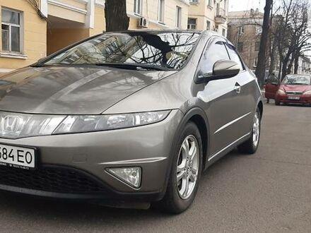 Серый Хонда Цивик, объемом двигателя 2.2 л и пробегом 280 тыс. км за 6100 $, фото 1 на Automoto.ua