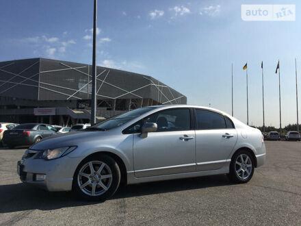 Серый Хонда Цивик, объемом двигателя 1.8 л и пробегом 194 тыс. км за 8200 $, фото 1 на Automoto.ua