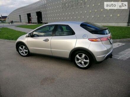 Сірий Хонда Сівік, об'ємом двигуна 1.4 л та пробігом 195 тис. км за 6999 $, фото 1 на Automoto.ua