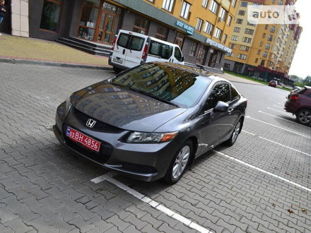 Серый Хонда Цивик, объемом двигателя 1.8 л и пробегом 145 тыс. км за 8900 $, фото 1 на Automoto.ua