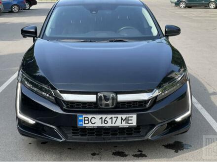 Черный Хонда Клерити, объемом двигателя 1.5 л и пробегом 94 тыс. км за 23100 $, фото 1 на Automoto.ua