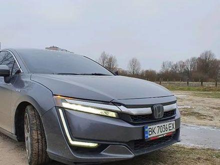 Серый Хонда Клерити, объемом двигателя 1.5 л и пробегом 50 тыс. км за 24450 $, фото 1 на Automoto.ua