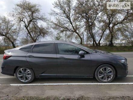 Серый Хонда Клерити, объемом двигателя 1.5 л и пробегом 12 тыс. км за 25500 $, фото 1 на Automoto.ua