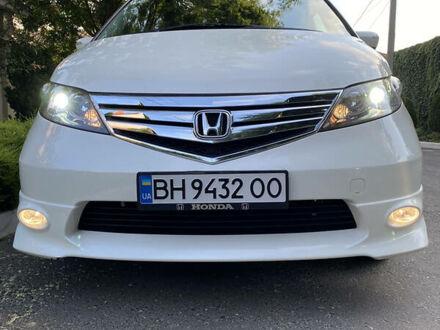 Білий Хонда Елізіон, об'ємом двигуна 2.4 л та пробігом 112 тис. км за 13800 $, фото 1 на Automoto.ua