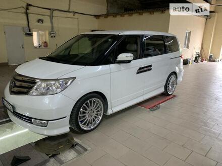 Білий Хонда Елізіон, об'ємом двигуна 2.4 л та пробігом 114 тис. км за 15999 $, фото 1 на Automoto.ua
