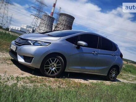 Серый Хонда ФИТ, объемом двигателя 1.5 л и пробегом 61 тыс. км за 10990 $, фото 1 на Automoto.ua