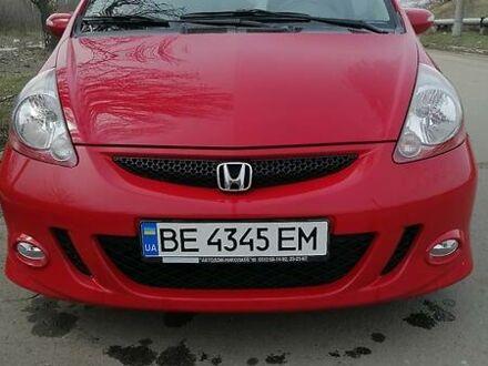 Красный Хонда Джаз, объемом двигателя 1.4 л и пробегом 139 тыс. км за 7700 $, фото 1 на Automoto.ua
