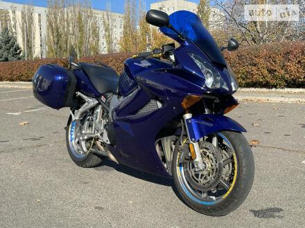 Синий Хонда VFR 800, объемом двигателя 0.78 л и пробегом 41 тыс. км за 5000 $, фото 1 на Automoto.ua