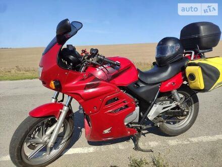 Красный Хонда CB 500, объемом двигателя 0.5 л и пробегом 32 тыс. км за 2600 $, фото 1 на Automoto.ua