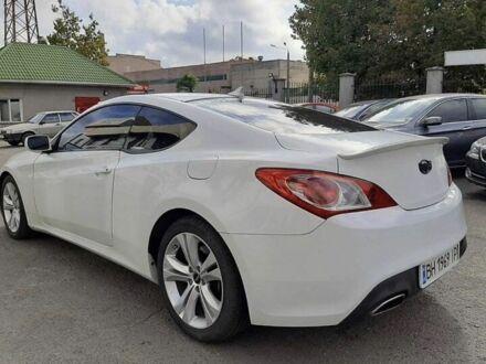 Белый Хендай Генезис, объемом двигателя 2 л и пробегом 200 тыс. км за 9900 $, фото 1 на Automoto.ua