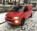 Красный Хендай Н 200 груз., объемом двигателя 2.5 л и пробегом 341 тыс. км за 3700 $, фото 1 на Automoto.ua