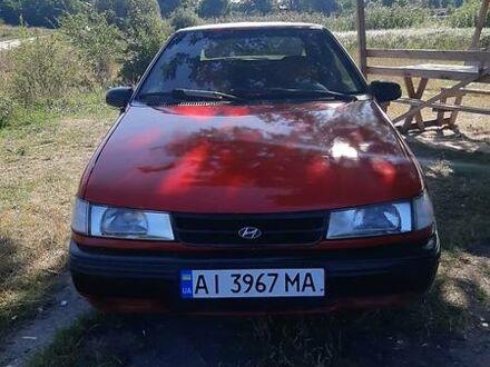 Красный Хендай Пони, объемом двигателя 1.3 л и пробегом 250 тыс. км за 1500 $, фото 1 на Automoto.ua