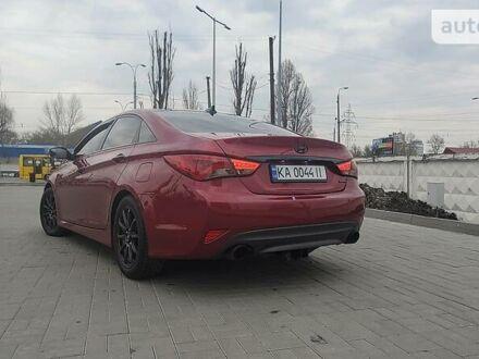 Красный Хендай Соната, объемом двигателя 2 л и пробегом 142 тыс. км за 9999 $, фото 1 на Automoto.ua