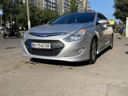 Сірий Хендай Соната, об'ємом двигуна 2.4 л та пробігом 134 тис. км за 11298 $, фото 1 на Automoto.ua