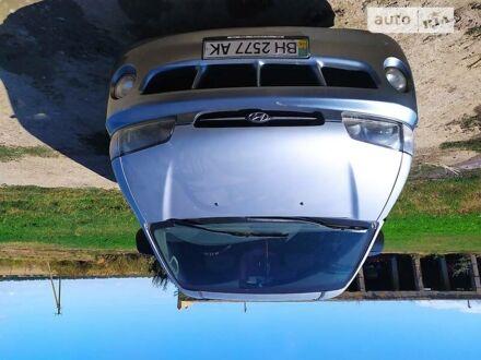 Серый Хендай Старекс, объемом двигателя 2.5 л и пробегом 267 тыс. км за 4700 $, фото 1 на Automoto.ua