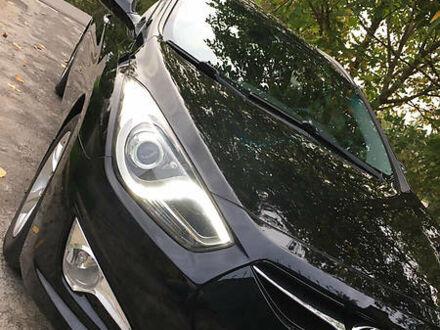 Черный Хендай и40, объемом двигателя 1.7 л и пробегом 191 тыс. км за 9370 $, фото 1 на Automoto.ua