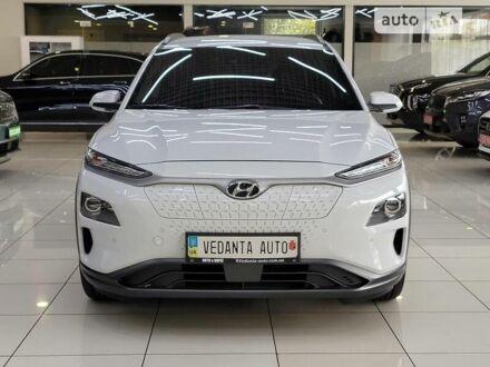 Белый Хендай Kona Electric, объемом двигателя 0 л и пробегом 50 тыс. км за 31500 $, фото 1 на Automoto.ua