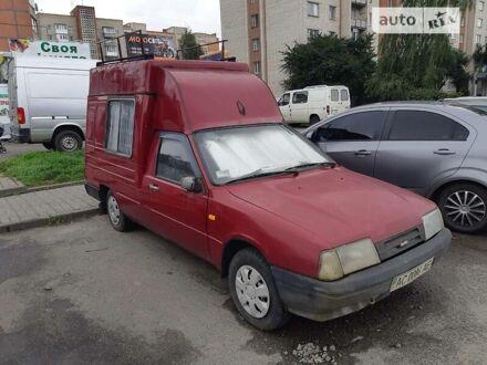 Червоний ІЖ 2717 (Ода), об'ємом двигуна 1.6 л та пробігом 100 тис. км за 1493 $, фото 1 на Automoto.ua