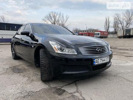 Черный Инфинити Г, объемом двигателя 3.5 л и пробегом 220 тыс. км за 12500 $, фото 1 на Automoto.ua