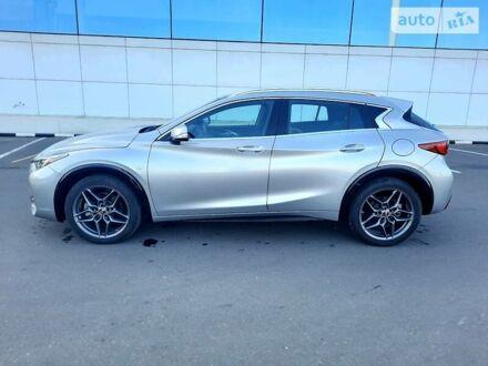 Серый Инфинити QX30, объемом двигателя 2 л и пробегом 18 тыс. км за 20999 $, фото 1 на Automoto.ua
