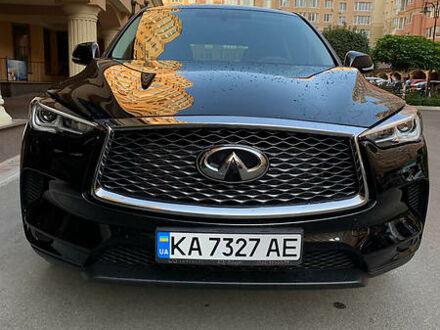 Чорний Інфініті QX50, об'ємом двигуна 2 л та пробігом 40 тис. км за 38000 $, фото 1 на Automoto.ua