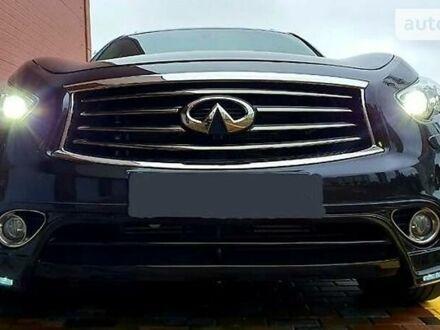 Черный Инфинити QX70, объемом двигателя 3 л и пробегом 65 тыс. км за 36999 $, фото 1 на Automoto.ua