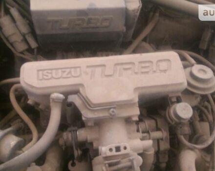 Исузу Аска, объемом двигателя 2 л и пробегом 350 тыс. км за 700 $, фото 1 на Automoto.ua