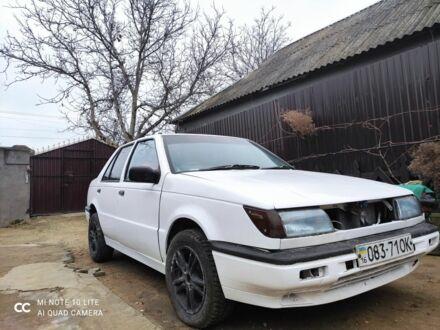 Белый Исузу Джемини, объемом двигателя 1.7 л и пробегом 80 тыс. км за 472 $, фото 1 на Automoto.ua