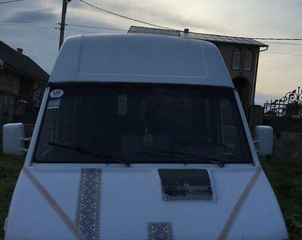 Белый Ивеко Турбо Дейли пасс., объемом двигателя 2.9 л и пробегом 1 тыс. км за 1800 $, фото 1 на Automoto.ua