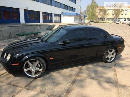 Черный Ягуар С-Тайп, объемом двигателя 3 л и пробегом 188 тыс. км за 9500 $, фото 1 на Automoto.ua