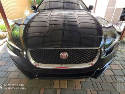 Чорний Ягуар XE, об'ємом двигуна 2.5 л та пробігом 51 тис. км за 21600 $, фото 1 на Automoto.ua