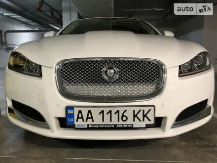 Білий Ягуар ХФ, об'ємом двигуна 3 л та пробігом 47 тис. км за 29999 $, фото 1 на Automoto.ua