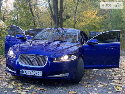 Синий Ягуар ХФ, объемом двигателя 3 л и пробегом 77 тыс. км за 16600 $, фото 1 на Automoto.ua