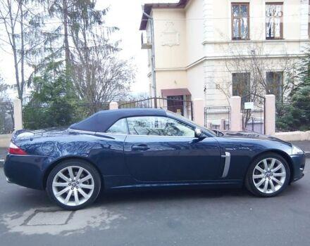 Синий Ягуар ХК, объемом двигателя 4.2 л и пробегом 78 тыс. км за 32000 $, фото 1 на Automoto.ua