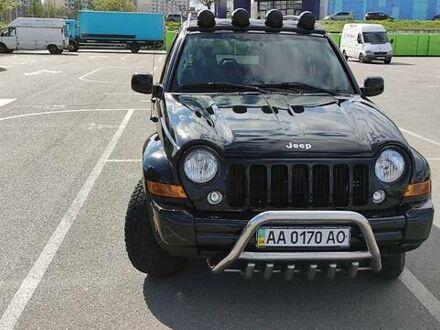 Черный Джип Либерти, объемом двигателя 2.4 л и пробегом 93 тыс. км за 9200 $, фото 1 на Automoto.ua