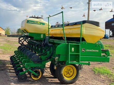 Зеленый Джон Дир 2126, объемом двигателя 0 л и пробегом 5 тыс. км за 25000 $, фото 1 на Automoto.ua
