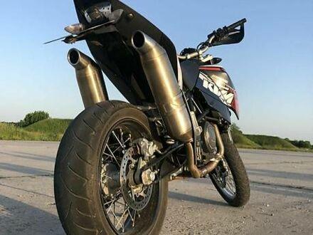 Черный КТМ Супермото, объемом двигателя 0 л и пробегом 16 тыс. км за 3500 $, фото 1 на Automoto.ua