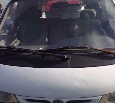 Білий Кіа Преджіо, об'ємом двигуна 2.7 л та пробігом 120 тис. км за 3900 $, фото 1 на Automoto.ua