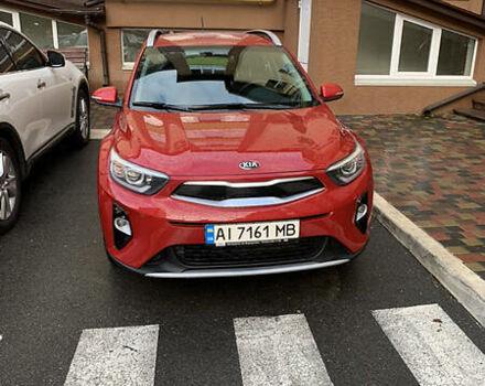 Красный Киа Stonic, объемом двигателя 1.4 л и пробегом 2 тыс. км за 20000 $, фото 1 на Automoto.ua