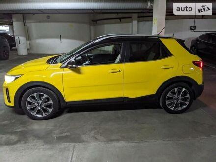 Жовтий Кіа Stonic, об'ємом двигуна 1.4 л та пробігом 52 тис. км за 14900 $, фото 1 на Automoto.ua