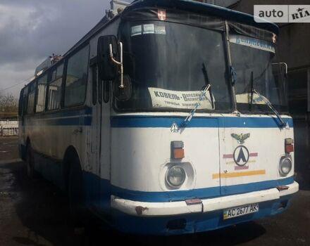 Синій ЛАЗ 695, об'ємом двигуна 6 л та пробігом 500 тис. км за 2700 $, фото 1 на Automoto.ua