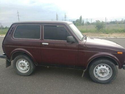 Красный Лада Niva, объемом двигателя 0 л и пробегом 73 тыс. км за 5100 $, фото 1 на Automoto.ua