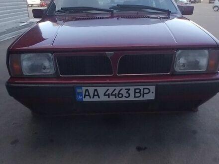 Красный Лянча Дельта, объемом двигателя 1.6 л и пробегом 250 тыс. км за 1500 $, фото 1 на Automoto.ua