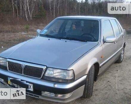 Серый Лянча Тема, объемом двигателя 2 л и пробегом 255 тыс. км за 2850 $, фото 1 на Automoto.ua