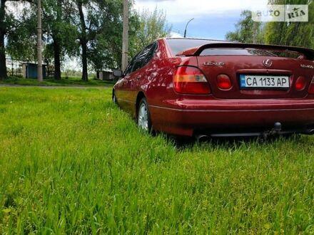 Красный Лексус ГС, объемом двигателя 4 л и пробегом 280 тыс. км за 6800 $, фото 1 на Automoto.ua