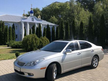Серый Лексус ES 300, объемом двигателя 3 л и пробегом 270 тыс. км за 7500 $, фото 1 на Automoto.ua