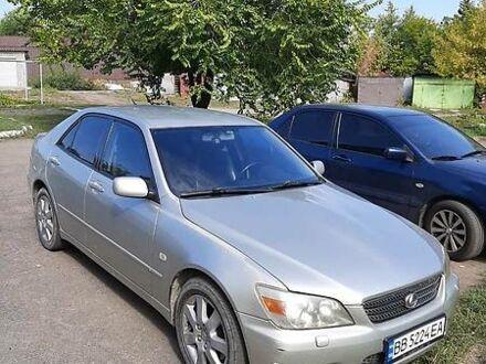 Серый Лексус IS 200, объемом двигателя 2 л и пробегом 310 тыс. км за 6950 $, фото 1 на Automoto.ua
