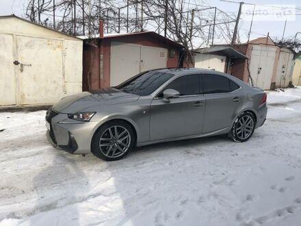 Серый Лексус IS 200, объемом двигателя 2 л и пробегом 66 тыс. км за 27000 $, фото 1 на Automoto.ua